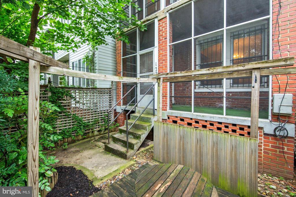 Rear Yard (3 of 3) - 1227 PARK RD NW, WASHINGTON