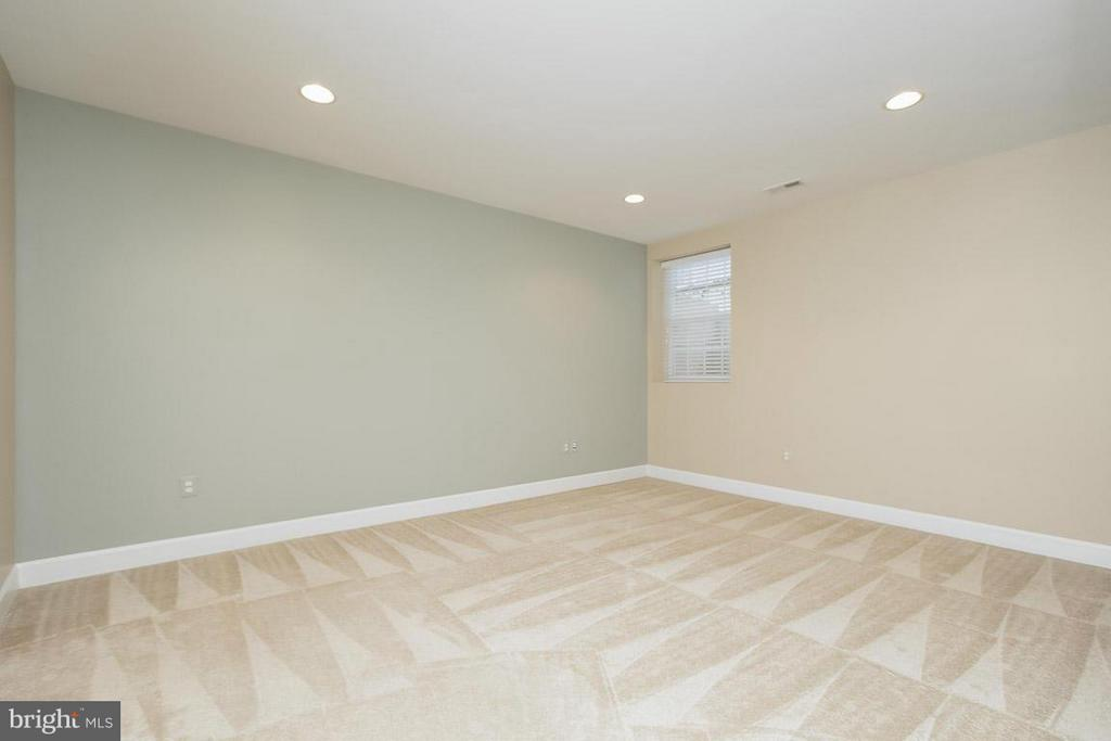 5th Bedroom in Basement - 5985 TWIN BRANCH CT, HAYMARKET