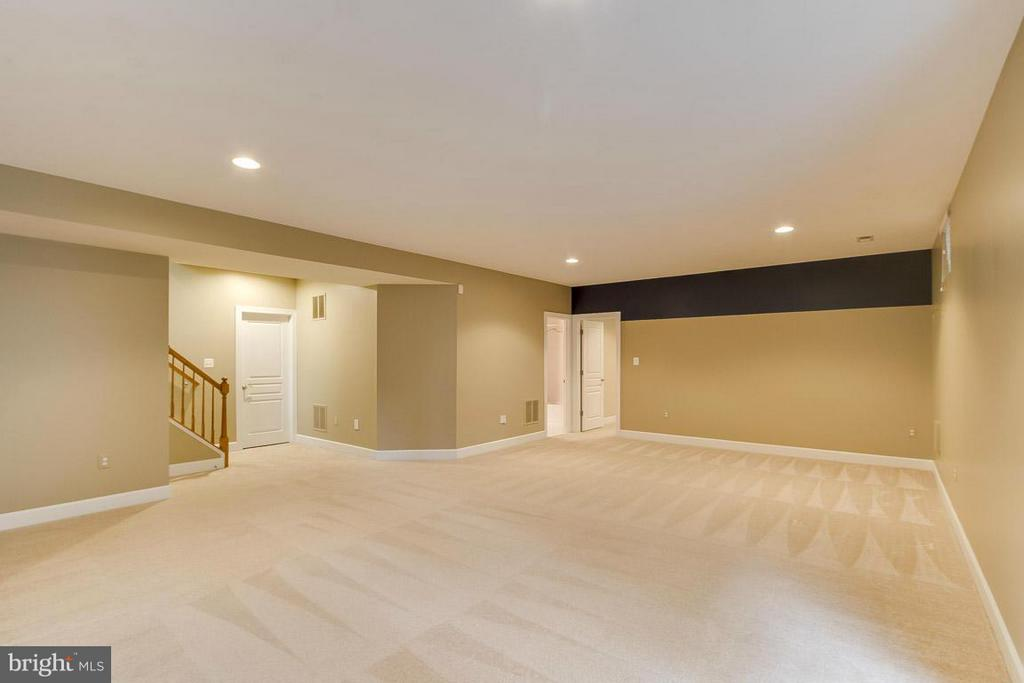 Recreation Room in Basement - 5985 TWIN BRANCH CT, HAYMARKET