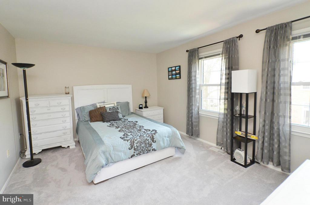 Master Bedroom - 2352 HORSEFERRY CT, RESTON