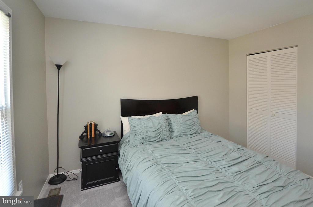 Bedroom #3 - 2352 HORSEFERRY CT, RESTON
