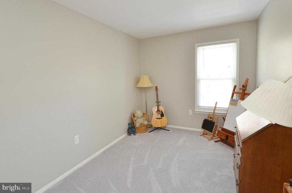 Bedroom #2 - New Carpet and Paint - 2352 HORSEFERRY CT, RESTON