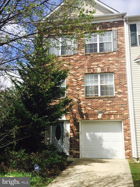 Photo of home for sale at 10000 Prince Royal Place, Upper Marlboro MD
