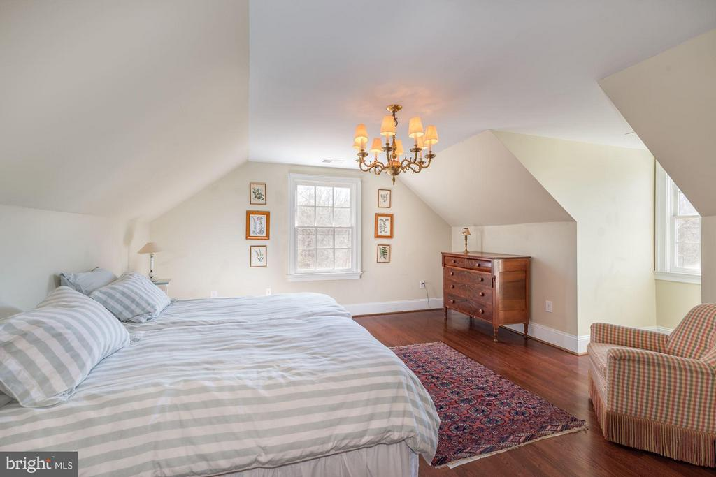 Bedroom (Master) - 38085 HOMESTEAD FARM LN, MIDDLEBURG