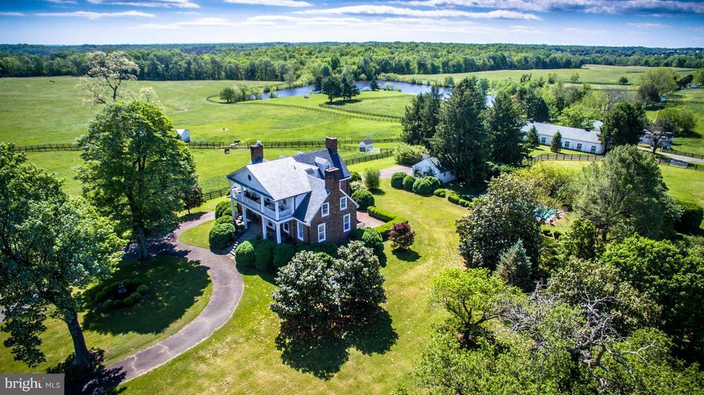Manor house, Gardens and Lake - 6342 PLEASANT COLONY, WARRENTON