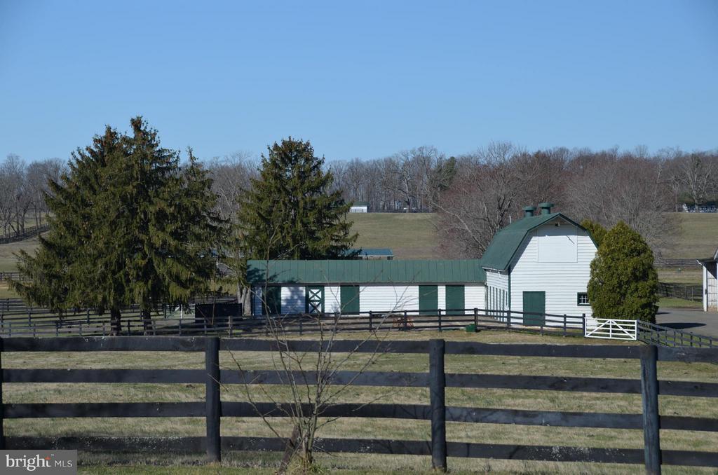 Barn - 6342 PLEASANT COLONY, WARRENTON