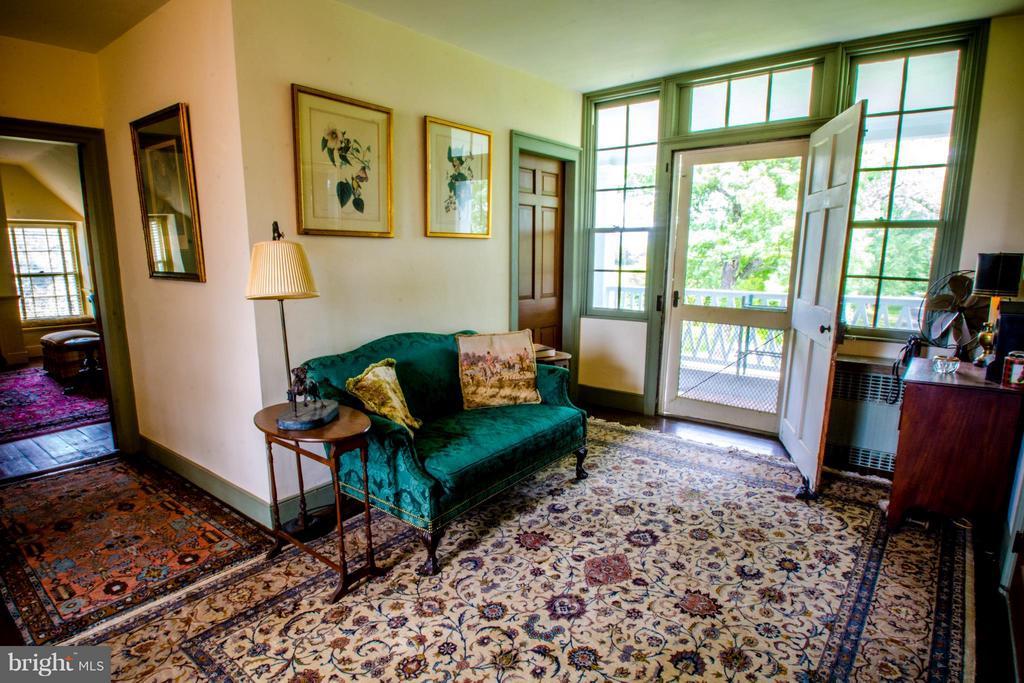 Second Floor Sitting room - 6342 PLEASANT COLONY, WARRENTON