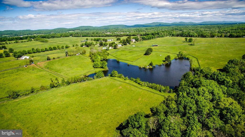 Lake and Farm - 6342 PLEASANT COLONY, WARRENTON