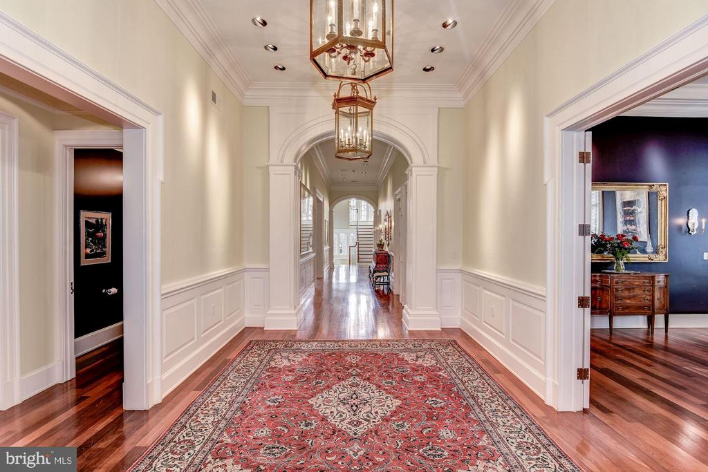 Main hallway has 13 foot ceilngs, access all rooms - 3101 CHAIN BRIDGE RD NW, WASHINGTON