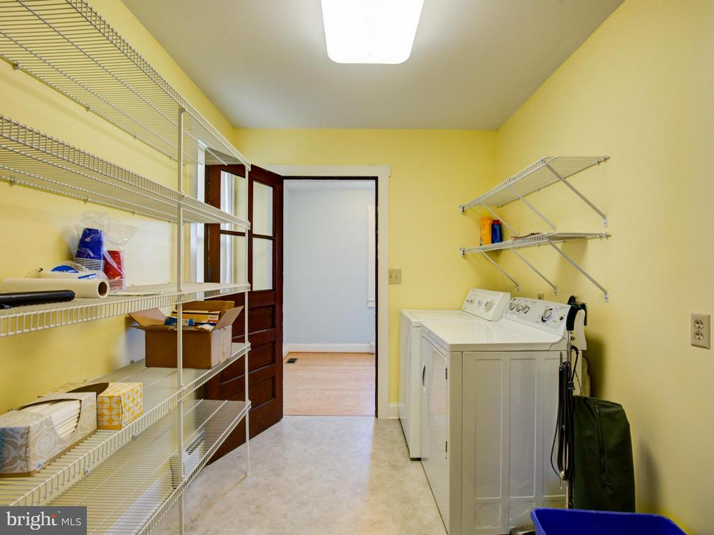 Laundry Room - 924 WOODLAND AVE, WINCHESTER