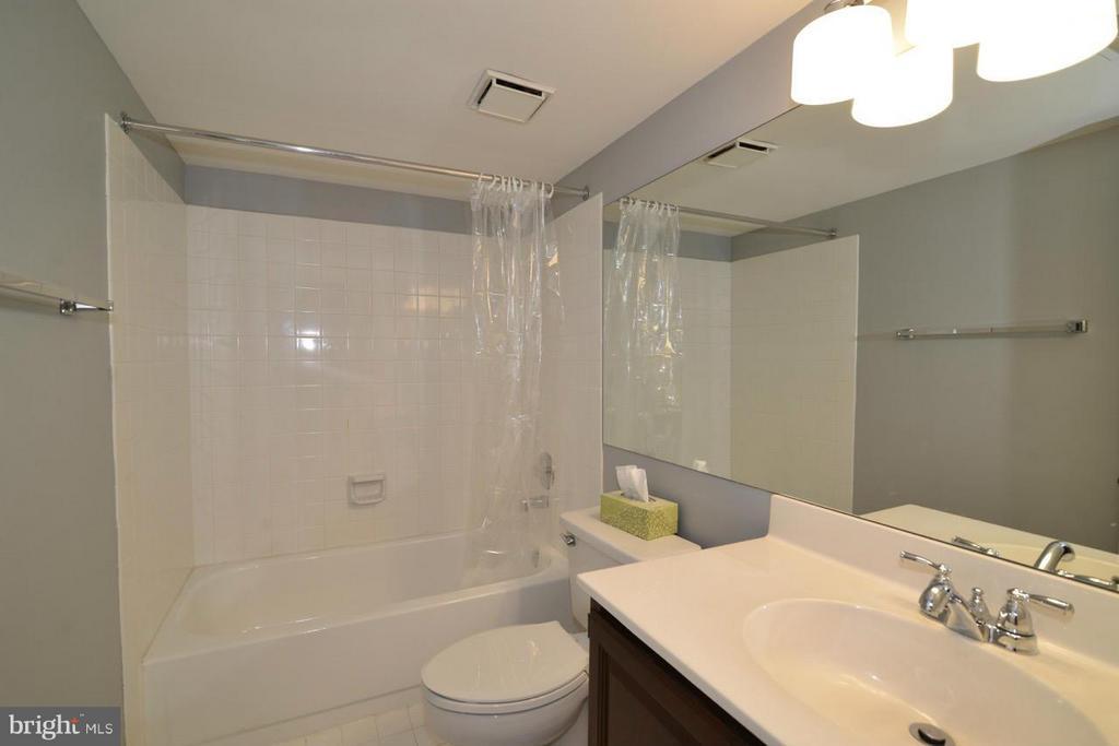 Lower Level Bathroom - 12013 CALIE CT, FAIRFAX