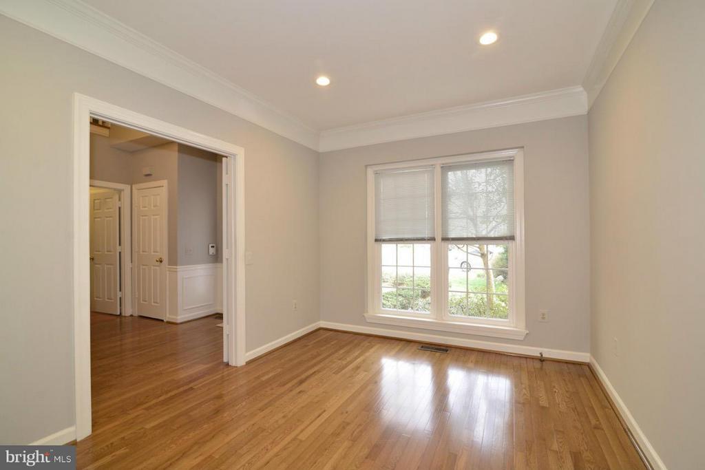 Living Room - 12013 CALIE CT, FAIRFAX