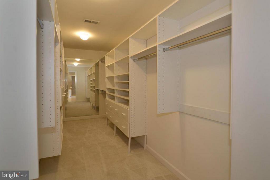 Master Closet - 12013 CALIE CT, FAIRFAX