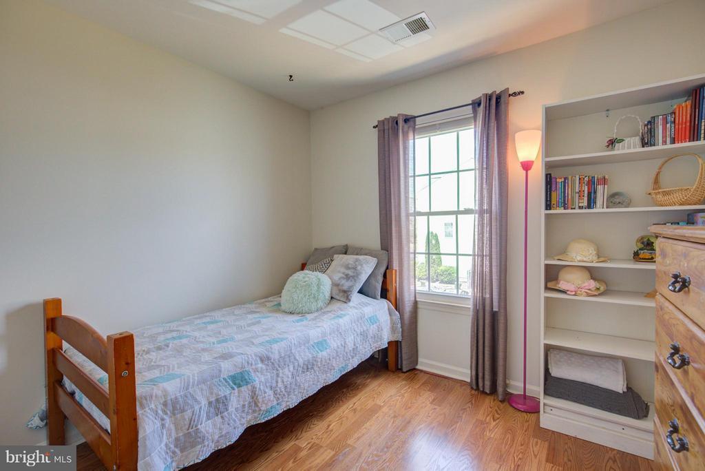Bedroom - 545 TULIPTREE SQ NE, LEESBURG