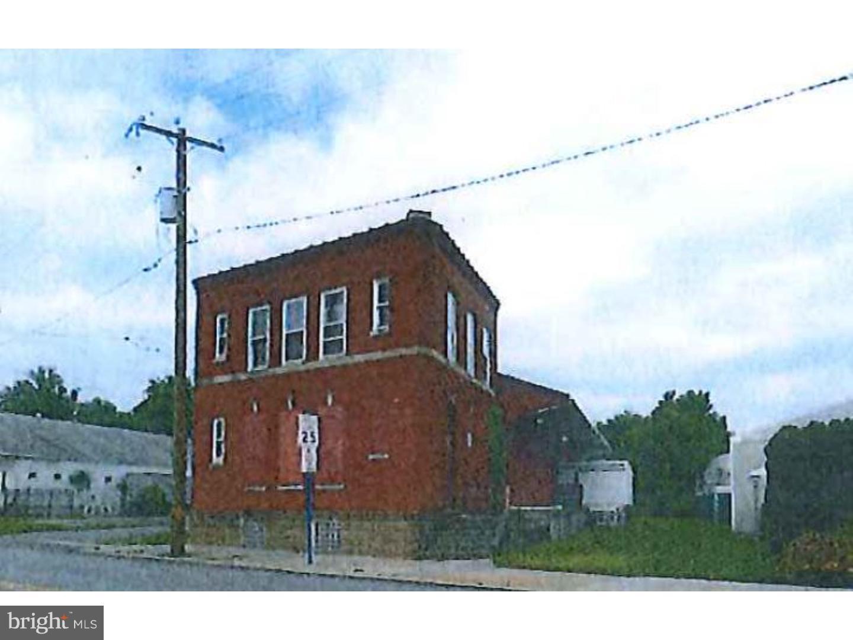 Vivienda unifamiliar por un Venta en 425 W BRIDGE Street Phoenixville, Pennsylvania 19460 Estados Unidos