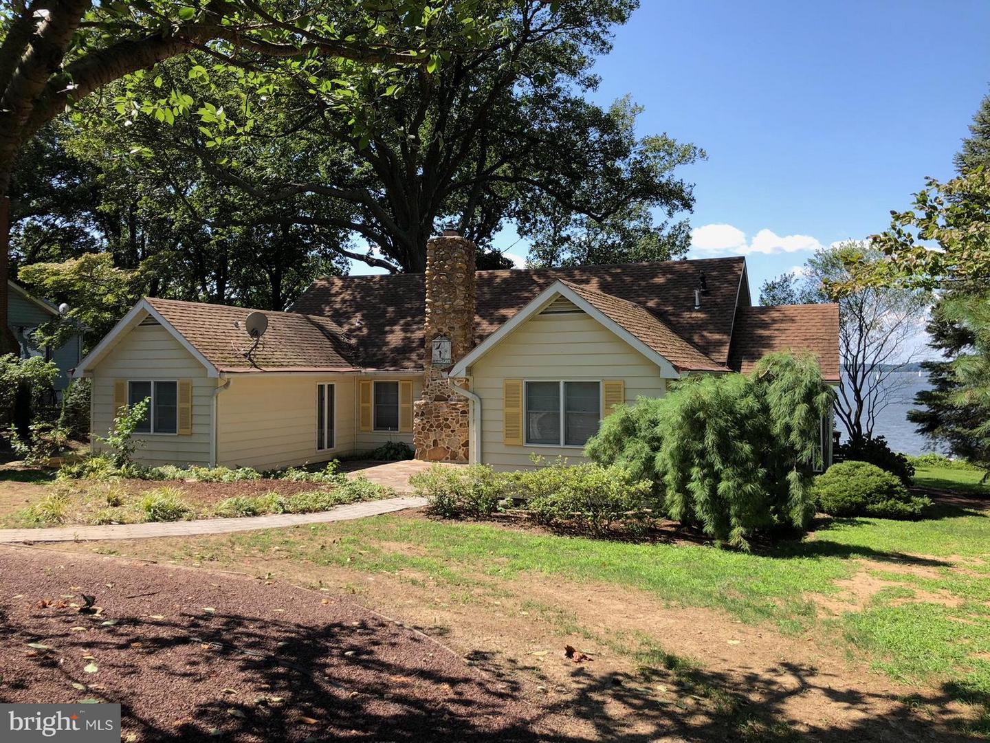 Single Family for Sale at 14128 Riverside Ave Kennedyville, Maryland 21645 United States