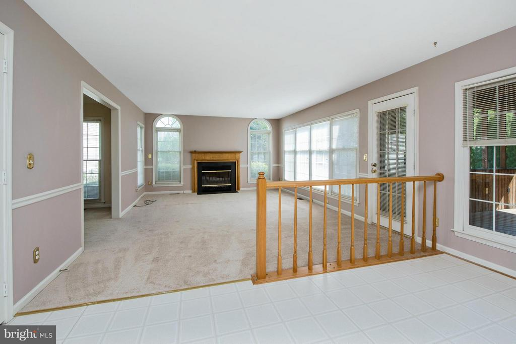 Family Room - 30 WESTBROOK LN, STAFFORD