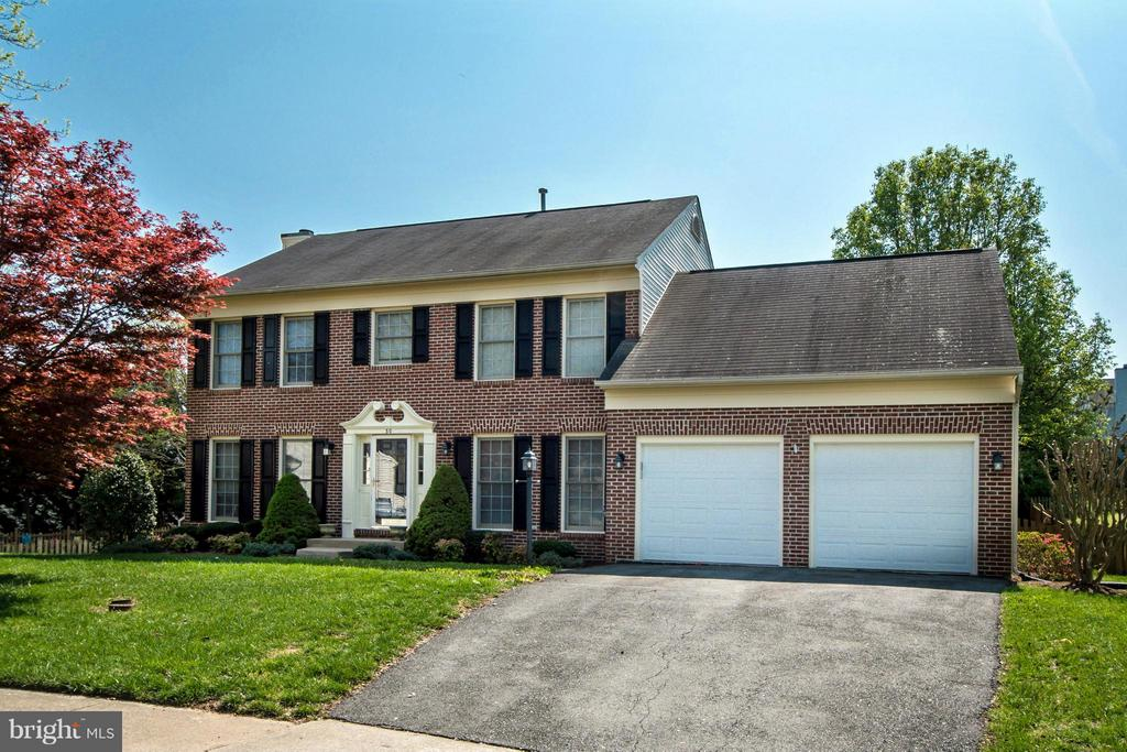 Exterior (Front) - 30 WESTBROOK LN, STAFFORD