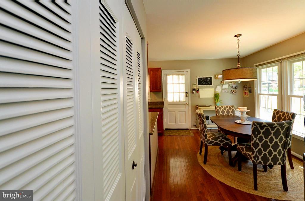 Interior (General) - 7422 BEVERLY MANOR DR, ANNANDALE