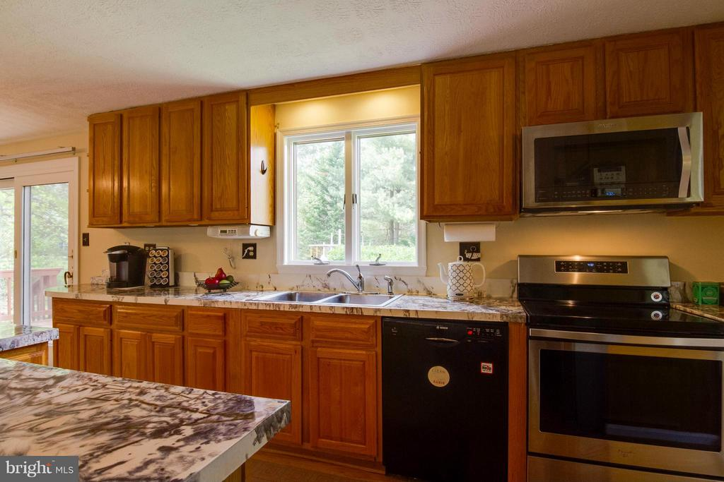 Kitchen 1 - 12806 KETTERING DR, HERNDON