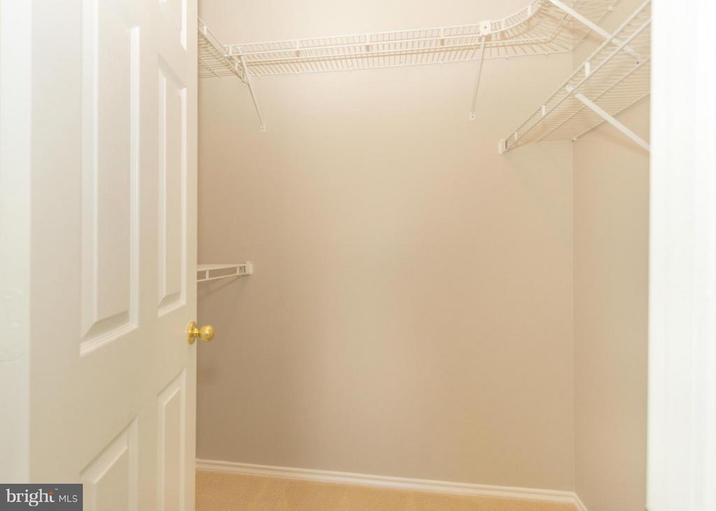 Huge master bedroom walk-in closet - 13060 AUTUMN WOODS WAY #201, FAIRFAX