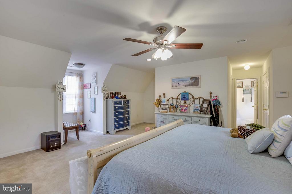 Bedroom (Master) - 7906 SOUTH WOODS DR, FREDERICKSBURG