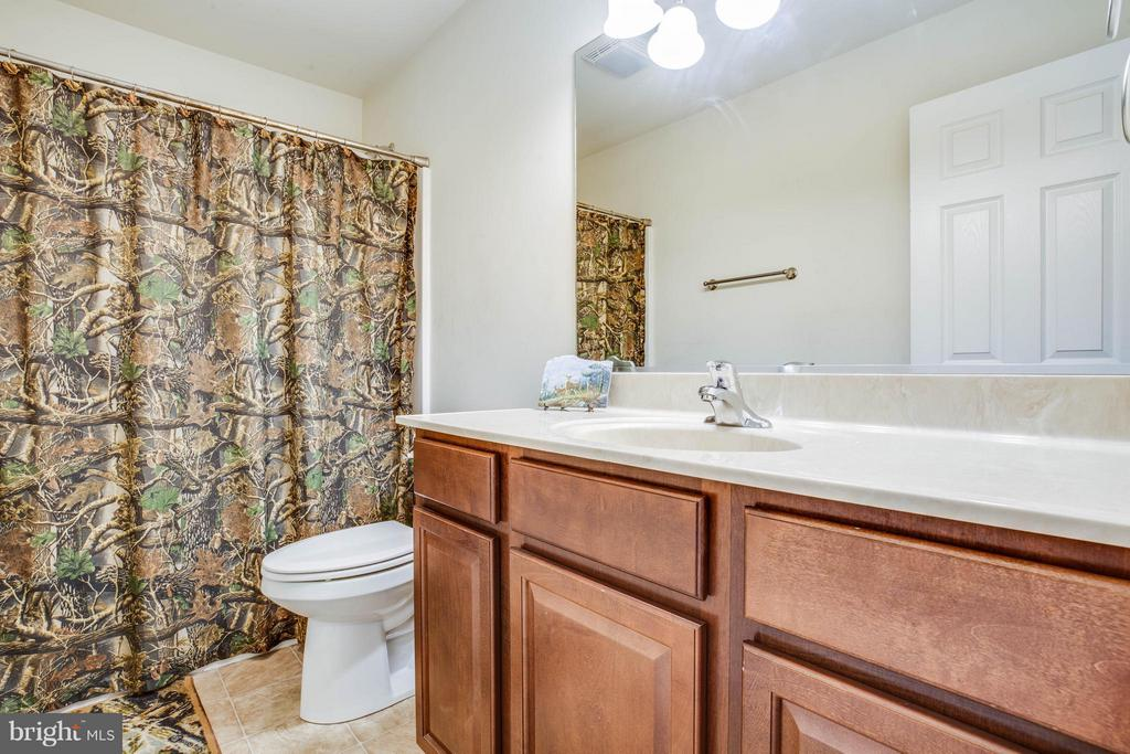 Bath - 4207 SHEPHERDS RD, PARTLOW