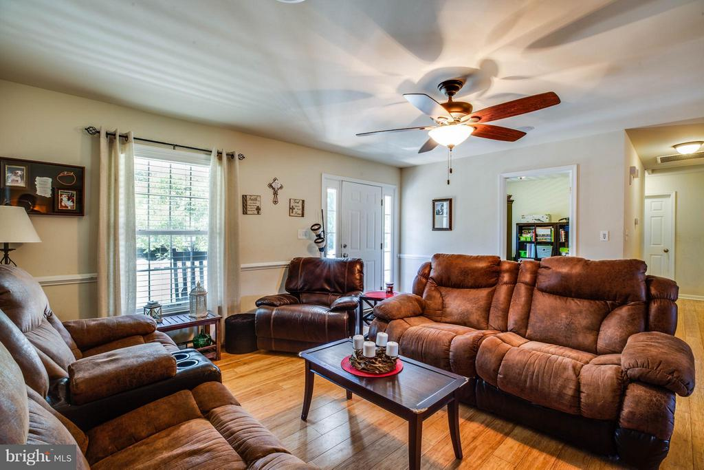 Living Room - 4207 SHEPHERDS RD, PARTLOW