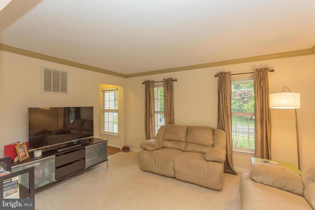 Living Room - 1 HAMPSHIRE CT, STAFFORD