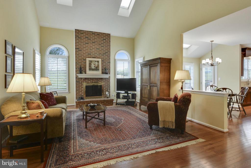 Family Room - 1321 DASHER LN, RESTON