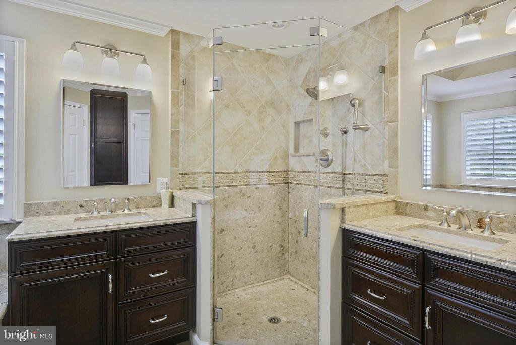 Completely Remodeled Master Bath. Heated Tile - 1321 DASHER LN, RESTON
