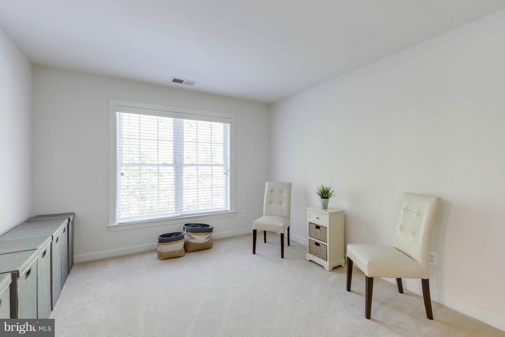 Master Sitting Room - 14388 WATERFORD WOODS CT, LEESBURG