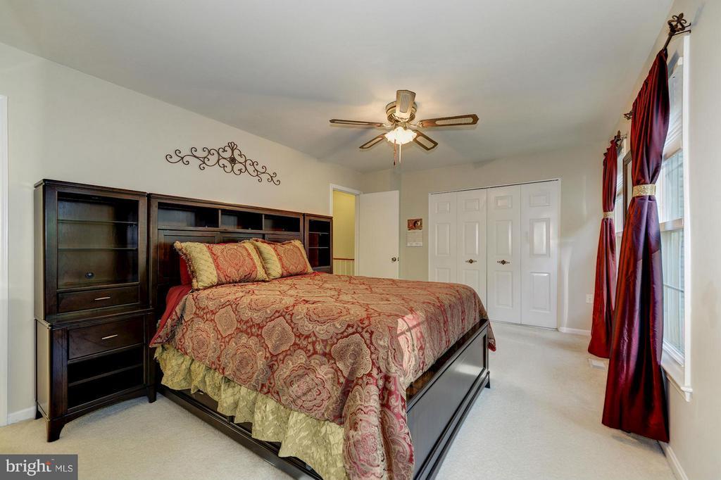 Bedroom (Master) - 11932 GLEN ALDEN RD, FAIRFAX
