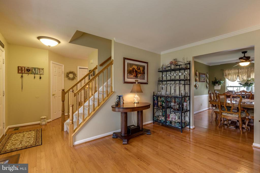 ~ Foyer / Living Room ~ - 15 STONERIDGE CT, STAFFORD