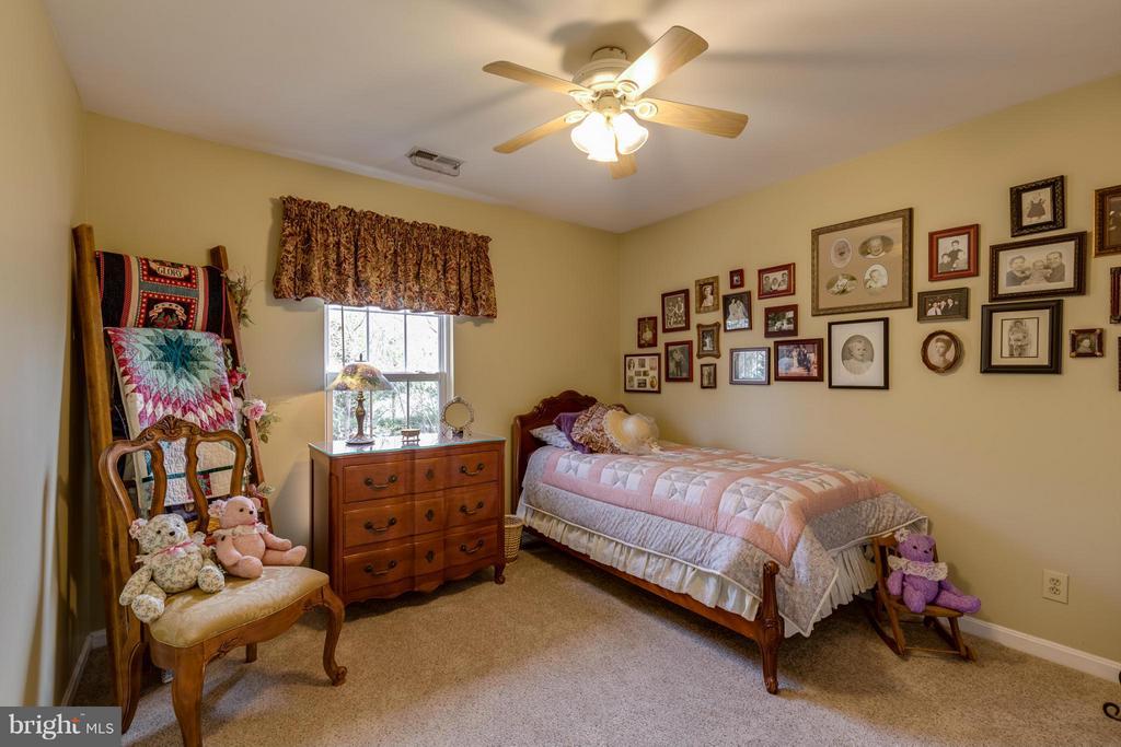 ~ Bedroom #3 ~ - 15 STONERIDGE CT, STAFFORD