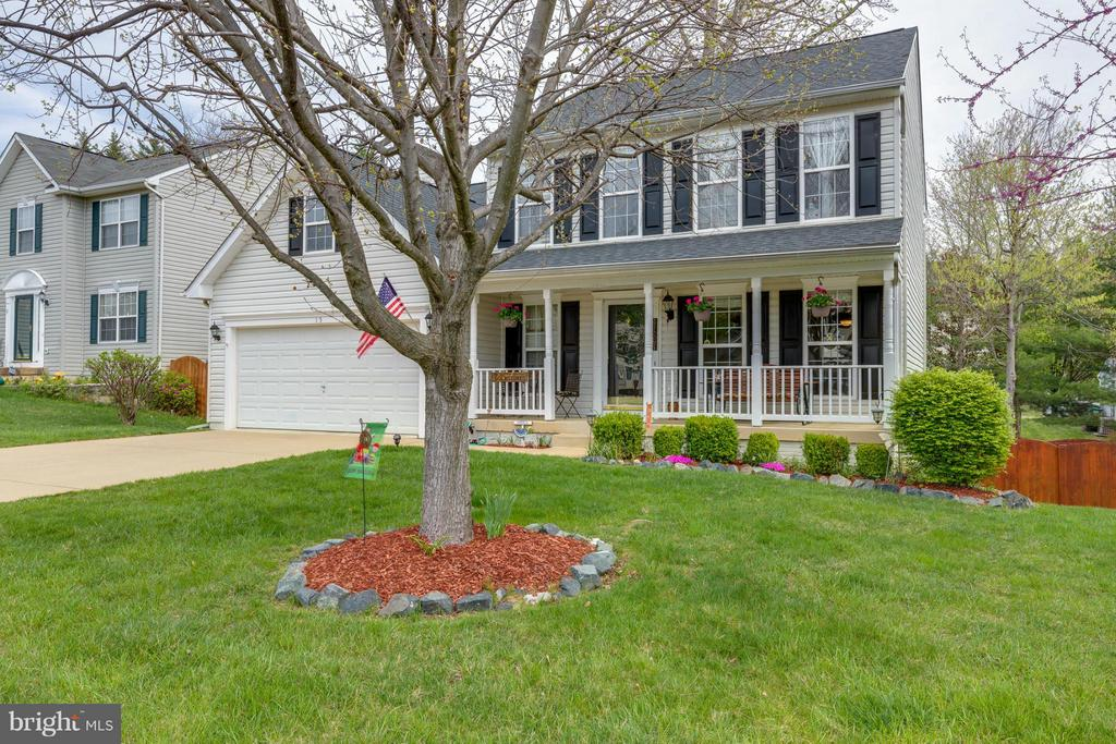 ~ Front of Home w/ Covered Porch ~ - 15 STONERIDGE CT, STAFFORD