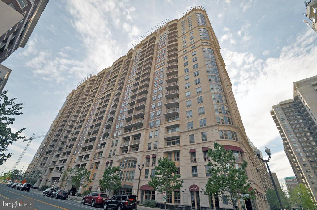 Welcome to Liberty Center! - 888 QUINCY ST #201, ARLINGTON