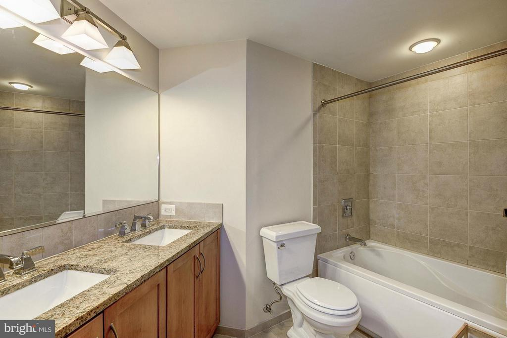Separate vanities - 888 QUINCY ST #201, ARLINGTON