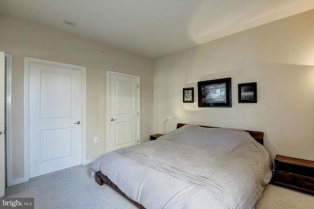 Master bedroom - 888 QUINCY ST #201, ARLINGTON