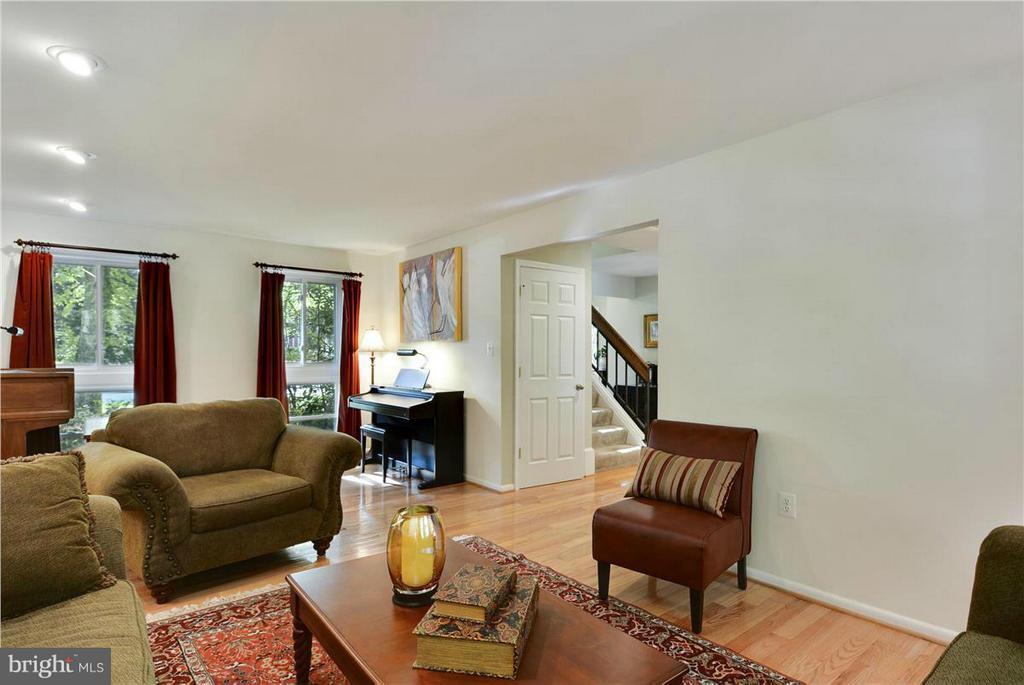 Living Room - 2615 BLACK FIR CT, RESTON