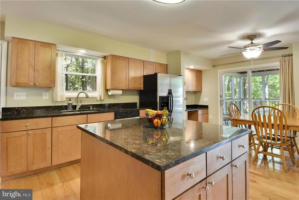 Kitchen - 2615 BLACK FIR CT, RESTON