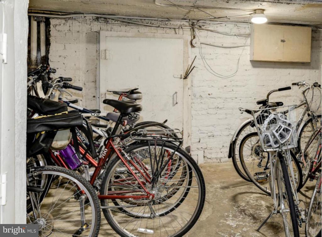 Bike Room - 2410 20TH ST NW #8, WASHINGTON