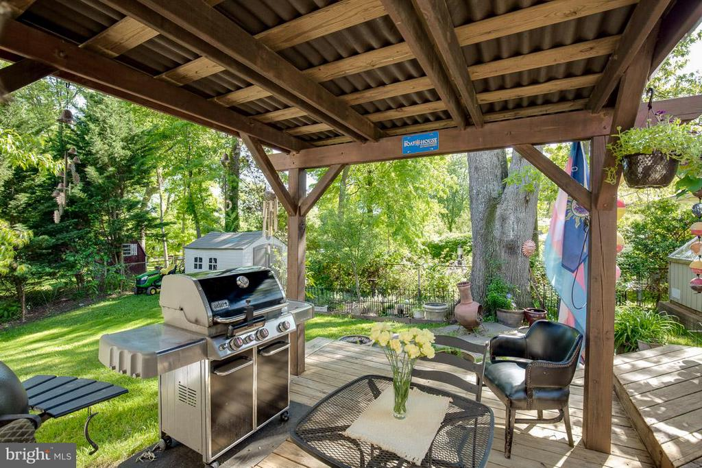 Incredibly private rear yard - 4300 ANDES DR, FAIRFAX