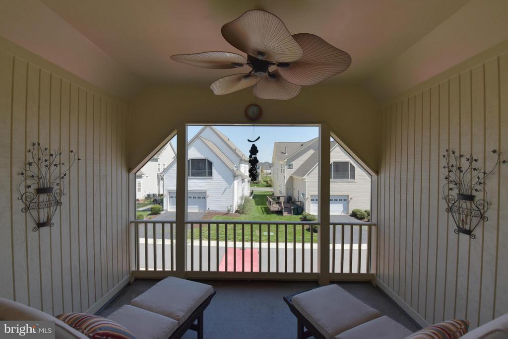Private Screen Porch off of Master Bedroom - 25046 MINERAL SPRINGS CIR, ALDIE