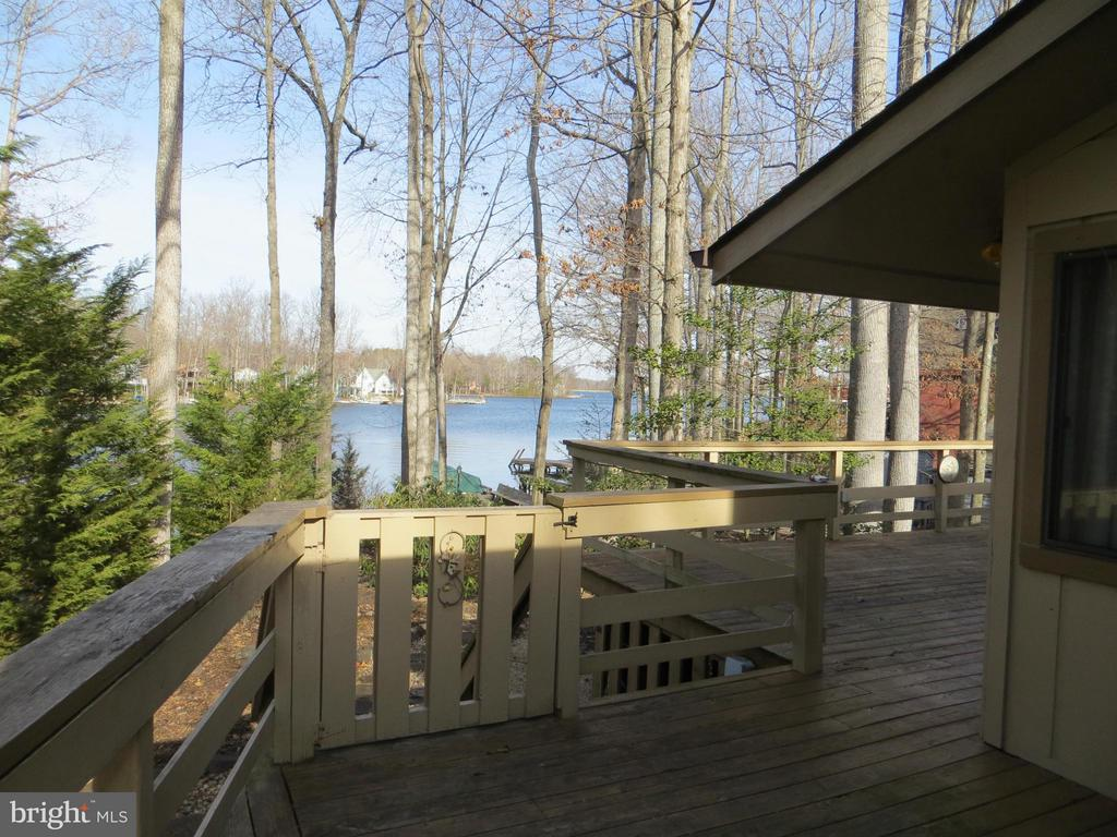 View from side deck - 601 CORNWALLIS AVE, LOCUST GROVE