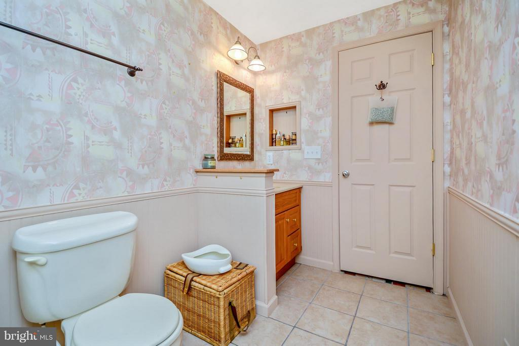 Full bath in basement - 13421 FOX CHASE LN, SPOTSYLVANIA