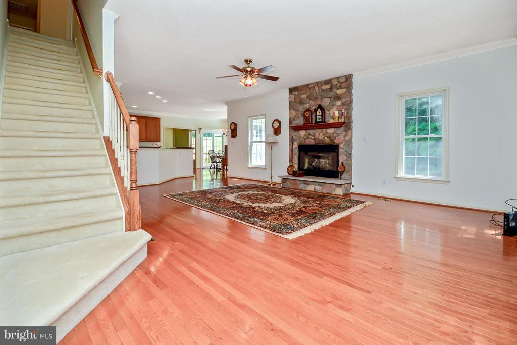 Family Room w/Propane Fireplace - 13421 FOX CHASE LN, SPOTSYLVANIA