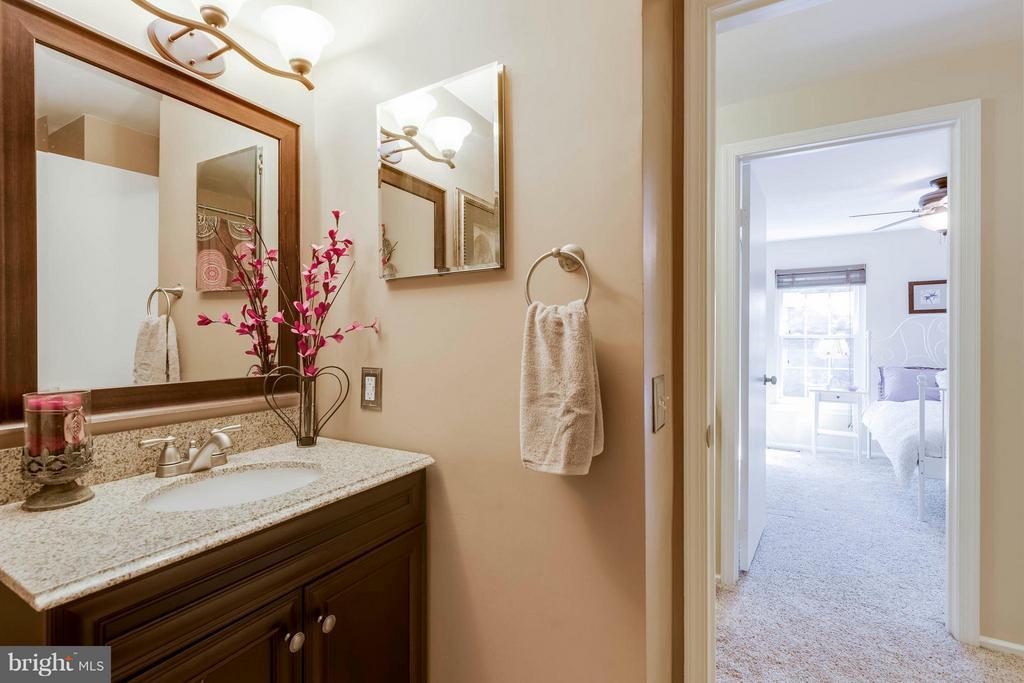Updated Hall Bath - 5830 APPLE WOOD LN, BURKE