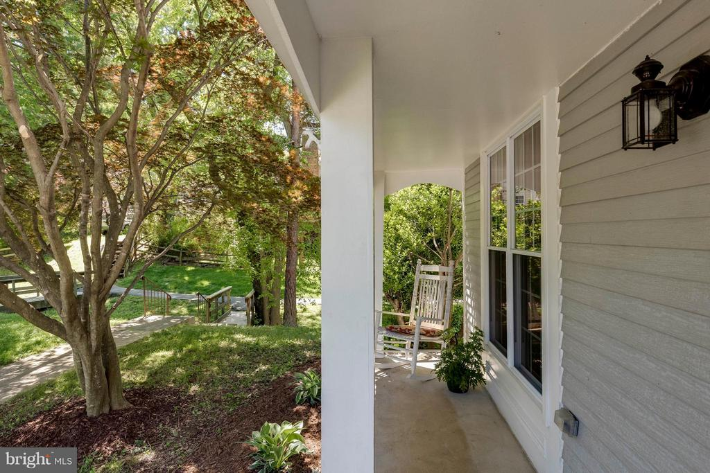 Charming & Practical Front Porch - 5830 APPLE WOOD LN, BURKE