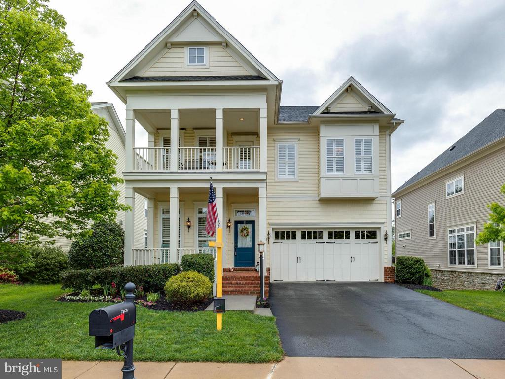 Exterior (Front) - 23236 HICKOX DR, ASHBURN